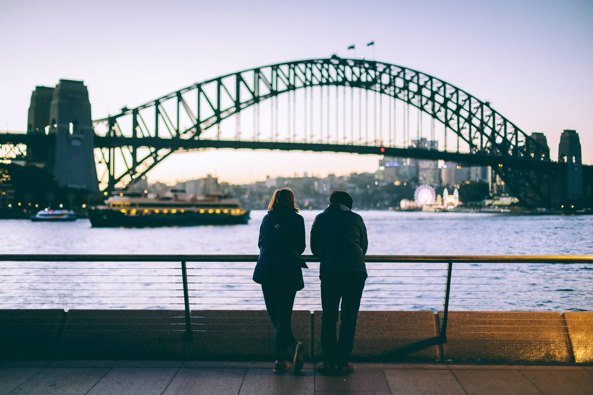 What couples, friends, can experience in Sydney?